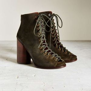 Jeffrey Campbell Freelove